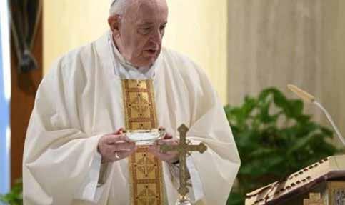 """Papa: attenti alla fede""""virtuale"""""""