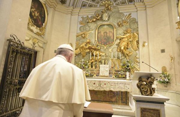 """Il Papa e la Madonna: una """"devozione"""" che arriva da lontano"""
